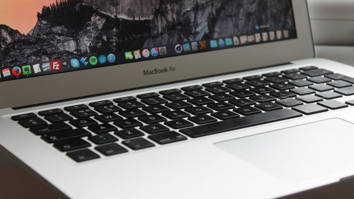 MacBook Air Close