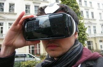4K screens and VR will dominate flagship smartphones in 2017