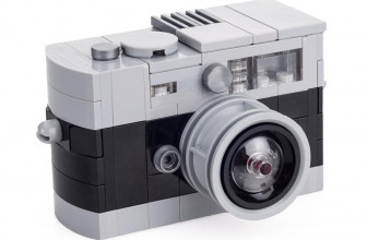These LEGO Leica M cameras are tiny, blocky versions of iconic rangefinders