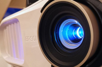 Epson Home Cinema 3800 / EH-TW7100 review