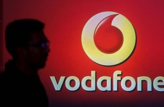 Vodafone Offers 50 Percent Cashback for Recharges on Intex Feature Phones