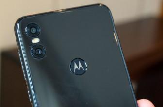 Triple-lens Motorola phone shown off in leaked renders