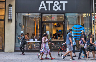 AT&T will offer a second Samsung 5G phone next year