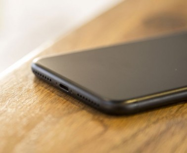 iPhone 8 tipped to ditch Lightning for USB-C