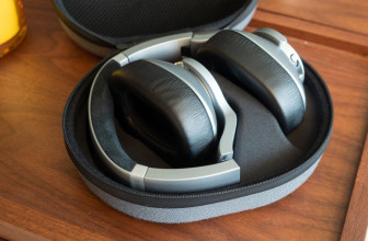 AKG N700NC Noise-Cancelling Headphones review