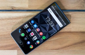 BlackBerry Motion review: hands-on