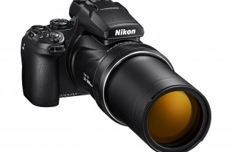 Nikon's P1000 takes the superzoom crown with a beastly 125X lens