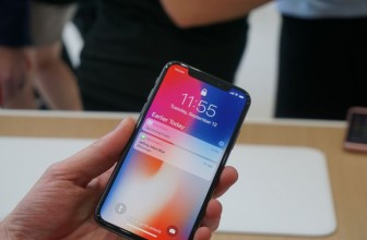 Your iPhone X won't let anyone else see your notifications