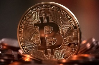 Twitter looks to ban Bitcoin adverts
