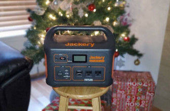 Jackery Explorer 1000 portable battery charger review