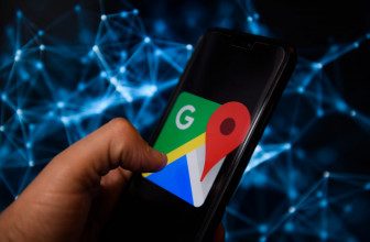 Google Maps lets some users create public events