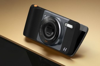 IFA 2016: The Hasselblad True Zoom makes the Moto Z look and feel like a real camera