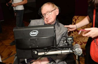 Gravitational waves: Stephen Hawking congratulates scientists on their breakthrough discovery