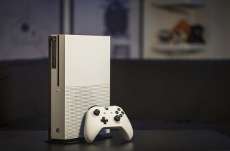 Interview: Microsoft responds to the PS4 Pro's absent 4K Blu-ray drive