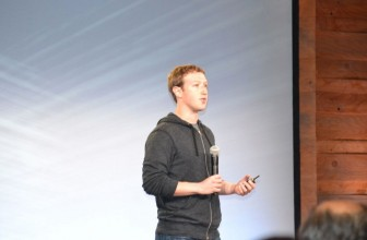 Facebook still not looking to make your news, says Zuck